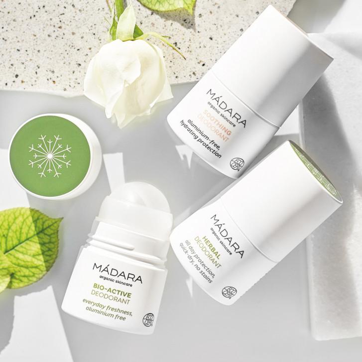 Nu există motive pentru a nu începe să folosești un deodorant natural ACUM!