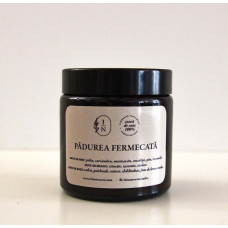 Lumânare parfumată din ceară de soia – Pădurea fermecată